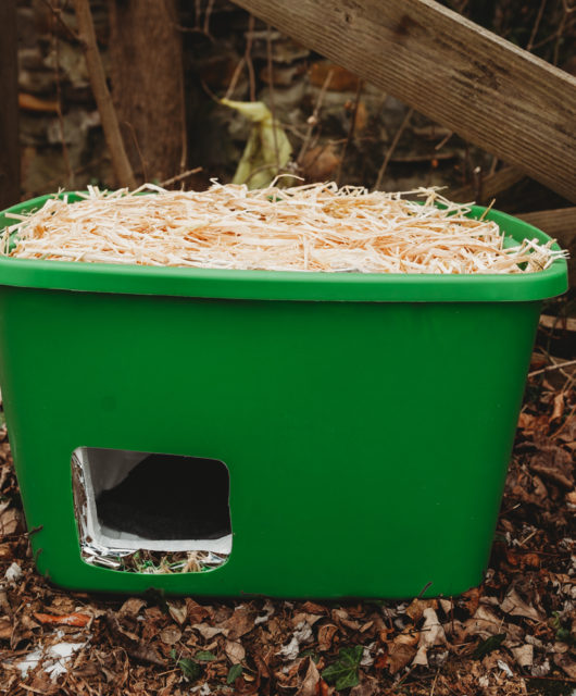DIY Cat Shelter Tutorial